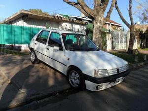 Peugeot 205 GLD 5P usado  kms