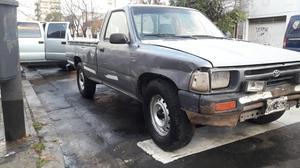 Toyota Hilux  Finansio