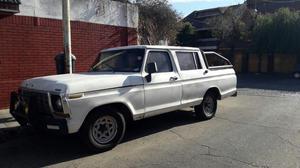 Vendo Ford F doble cabina V8 c/gnc