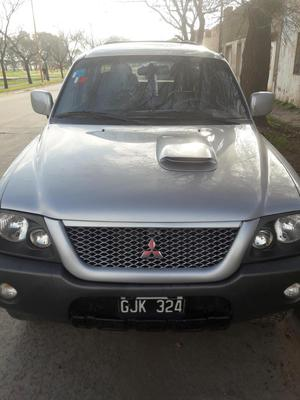 Vendo MITSUBISHI L 200 SPORT HEP 141 CV 4WD ABS ABG