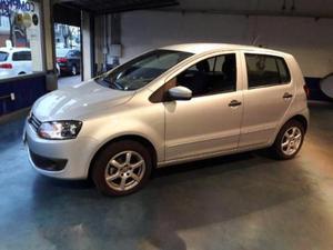 Volkswagen Fox Comfortline 5P usado  kms
