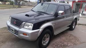 Camioneta Mitsubishi L200