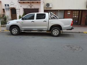 Vendo Toyota Hilux Dx 4x