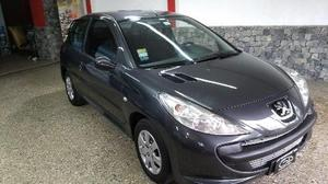 Peugeot 207 Compact XR 1.4 3P usado  kms