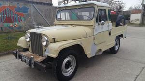 Jeep Ika Renault con gnc