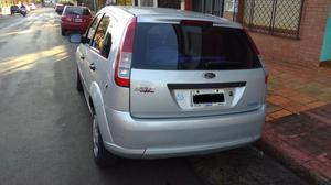 Ford Fiesta Ambiente 1.6 Aut.