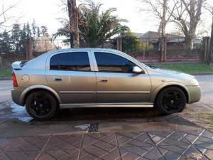 Chevrolet Astra II 5 PTAS. 2.0 8V GL usado  kms