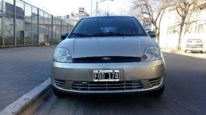 Ford Fiesta Max 4Ptas. 1.6 N Ambiente MP3 (L)