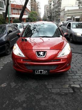 Peugeot 207 Compact XT HDI 4P usado  kms