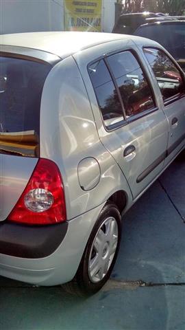 Renault Clio Linea Nueva 5ptas. 1.6 Expression / Confort Aa