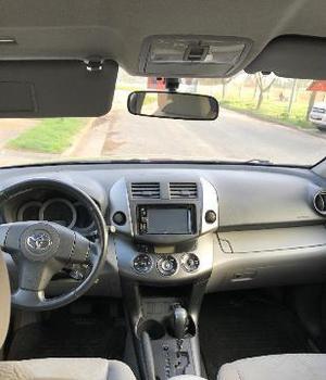 Toyota RAV-4 4X2 A/T usado  kms
