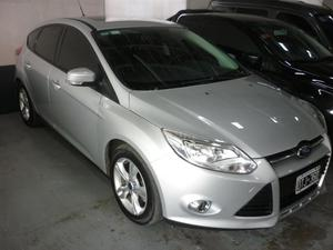 Ford Focus SE Plus AT 5P AT  Kms