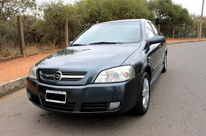 ASTRA GL  C/GNC IMPECABLE
