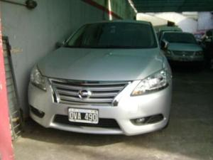 Nissan Sentra Acenta 6MT usado  kms
