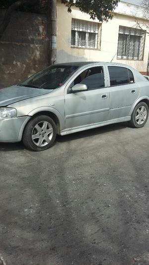 Vendo Chevrolet Astra Chocado Poco Daño