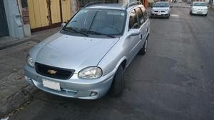 Vendo Chevrolet Corsa  GNC.