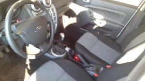 Ford Fiesta Max Edge usado  kms