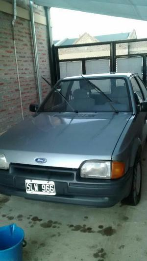 Ford Escort Coupe 94 Gnc