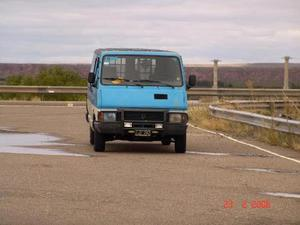 Renault Trafic Furgon Largo Diesel usado  kms
