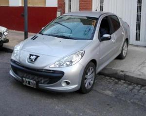 Peugeot 207 XT HDi 2.0 Compact usado  kms