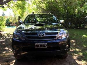 Toyota Hilux SW4 3.0 Aut usado  kms