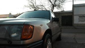 Vendo Mercedes 230