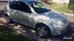vendo o permuto ford ka  color gris con deuda de patente