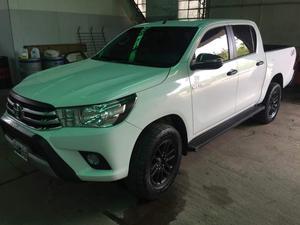 Toyota Hilux 2.4 TDI 4x con km