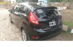 Vendo Ford Fiesta Kinetic Design