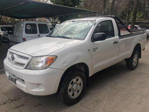 Toyota Hilux 2.5 4x4 DX SC usado  kms