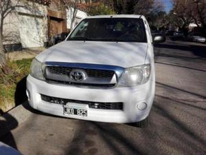 Toyota Hilux 2.5 4x4 DX DC usado  kms