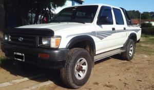 Toyota Hilux 2.8 Diésel 4x4 Alta y Baja