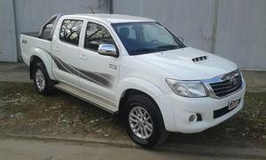 Toyota Hilux 3.0 TDI C/D 4x2 SRV (171cv) (L12)
