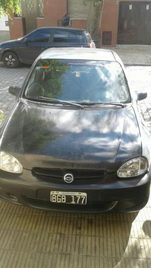 Chevrolet Corsa 3 Puertas 1.6