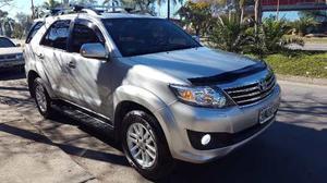 Toyota Hilux SW4 nafta-gnc full cuero