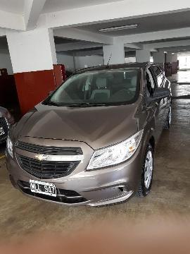 Chevrolet Onix LT usado  kms