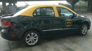 Volkswagen Voyage Highline usado  kms