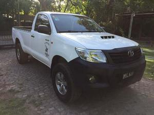 Toyota Hilux Cabina Simple 4x2 2.5 Td Dx Pack Año