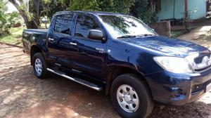 Vendo Toyota Hilux impecable......