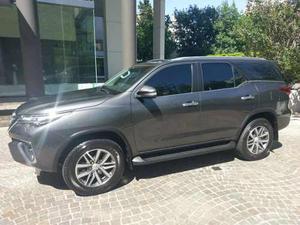 Toyota Hilux Sw4. La Mas Full Y Con Mas Accesorios!!