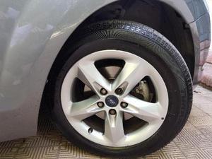Ford Focus Trend Plus Nafta 2.0L usado  kms