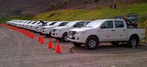 Toyota Hilux 3.0 4x4 SR DC usado  kms