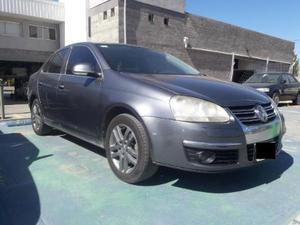 Volkswagen Vento 2.5 Advance usado  kms