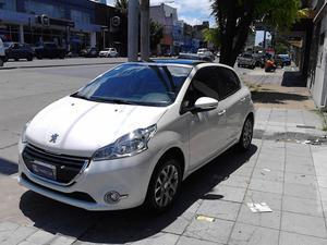 Peugeot v Nafta Allure Touch 115cv