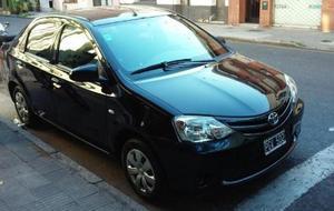Toyota Etios X usado  kms