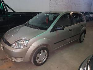 Ford Fiesta  LIQUIDO!!!
