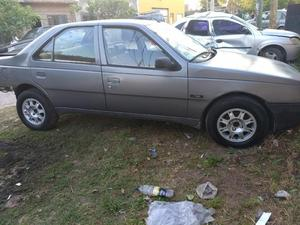 Peugeot 405 Gld Style Chocado con 08