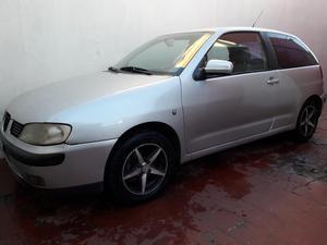 Vendo Seat Ibiza  Nafta