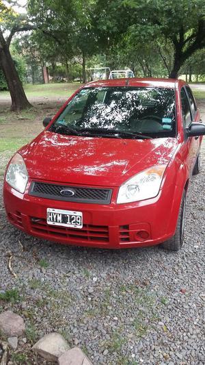 OPORTUNIDAD! Vendo Ford Fiesta Ambiente Plus . SALTA.
