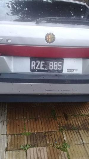AUTO ALFA ROMERO 33 EN VENTA ZONA BELLA VISTA